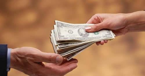 Деньги и займы.