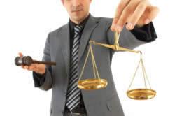 Признать банкротом может только арбитражный суд.