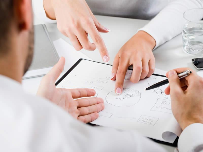 Кредиты должникам с открытыми просрочками взять сложно, но реально